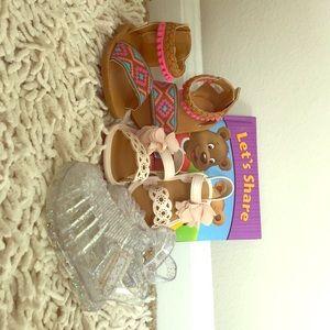 Infant girl's sandals
